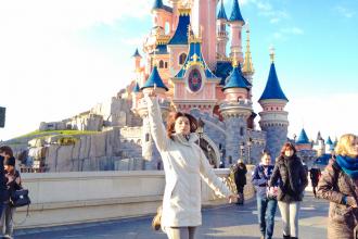 Karine Disney light